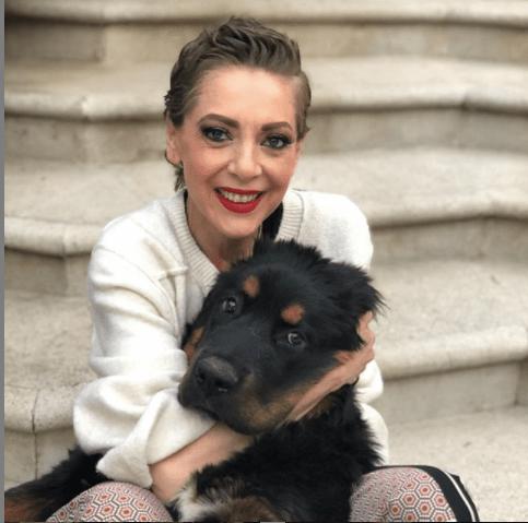 Lorenzo Laso presenta a los otros amores de Edith González
