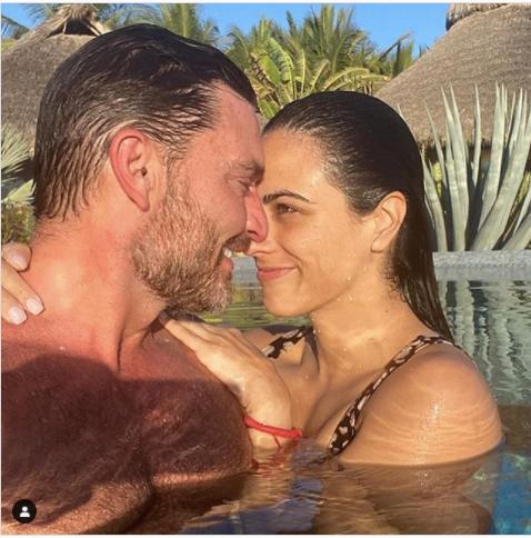 Julián Gil es captado con su nueva novia