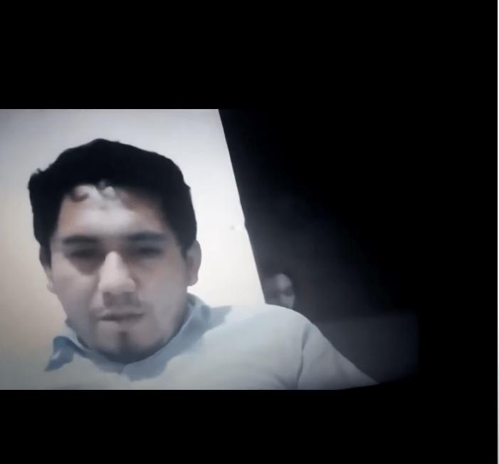 Alumnos graban fantasma detrás de su profesor durante clase en línea