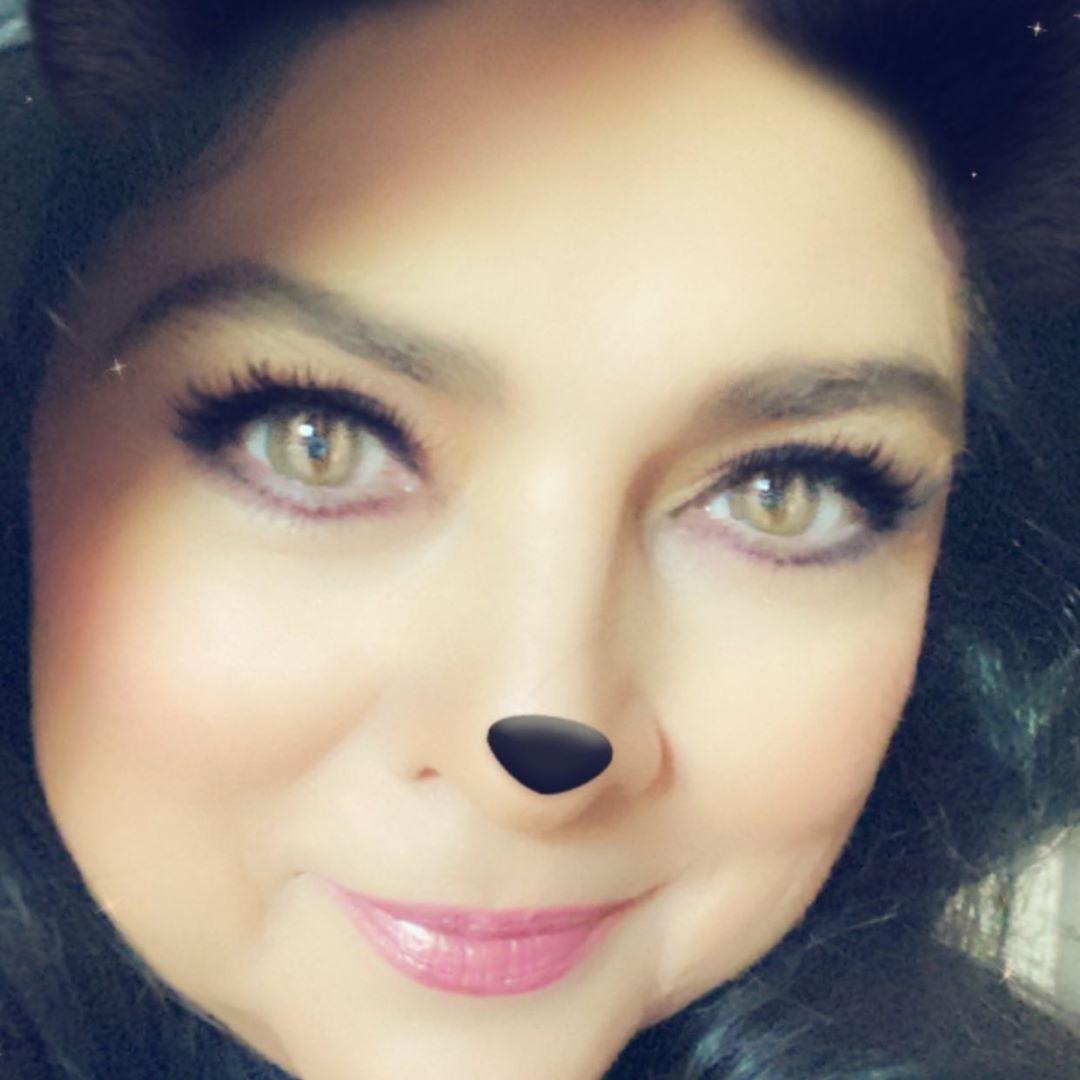 Victoria Ruffo muestra fotos de sus arrugas y luce hermosa