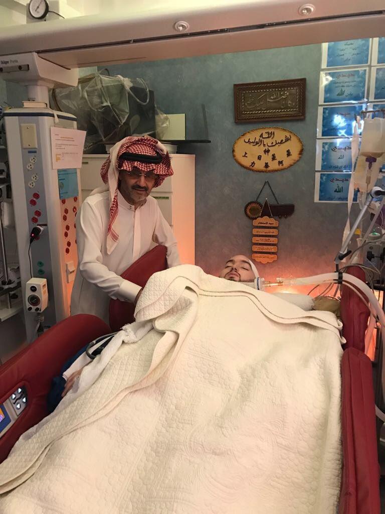 Príncipe árabe con 15 años en coma: Niegan desconectarlo