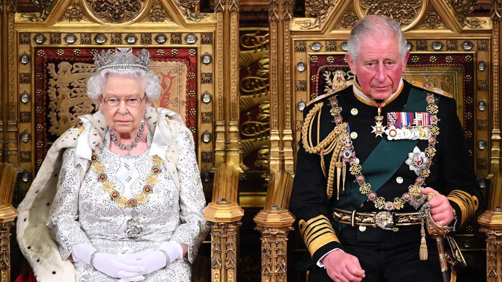Reina Isabel no regresará a vivir al Palacio de Buckingham