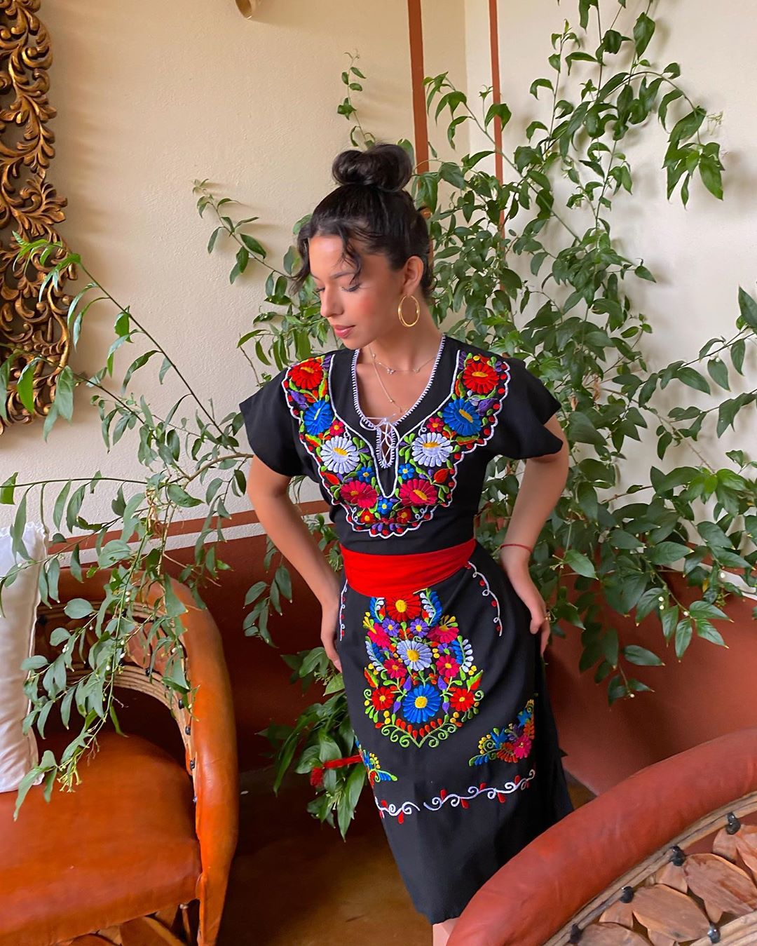 Ángela Aguilar Huipil