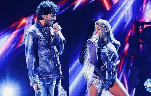 Danna Paola canta con Sebastián Yatra