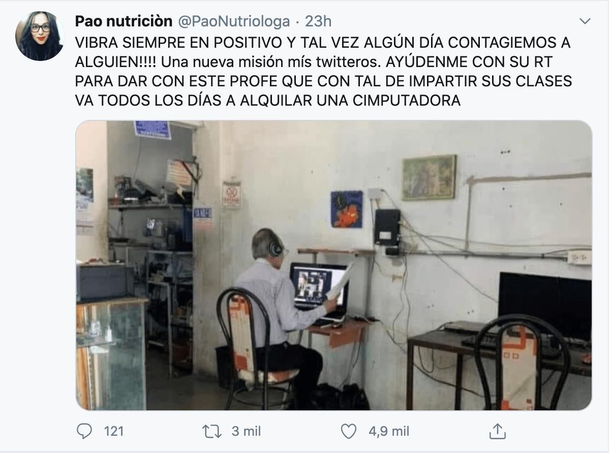 Profesor va a café internet todos los días y se hace viral