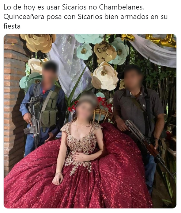 Quinceañera se toma foto con sicarios en su fiesta de XV años