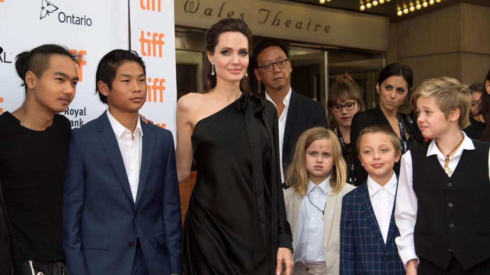 Angelina pelea por sus hijos