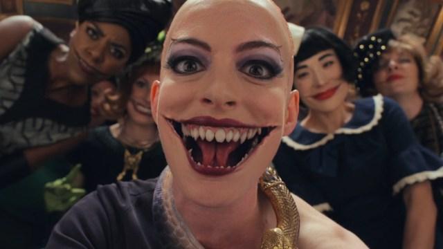 Anne Hathaway luce terrorifica con su personaje de The Witches