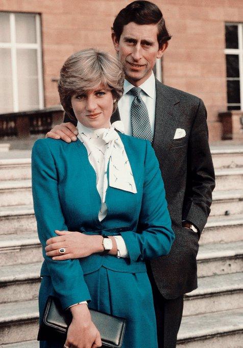Lady Di con el príncipe Carlos de Gales