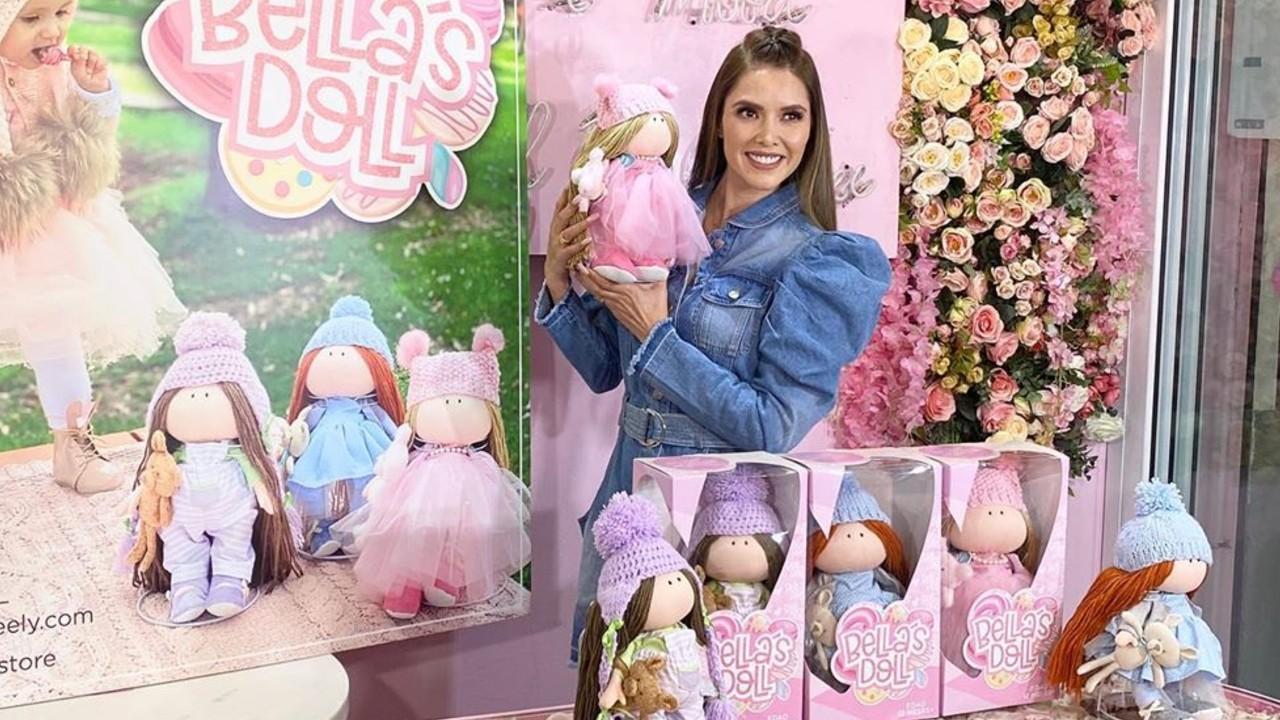 Marlene Favela y sus muñecas Bellas Doll