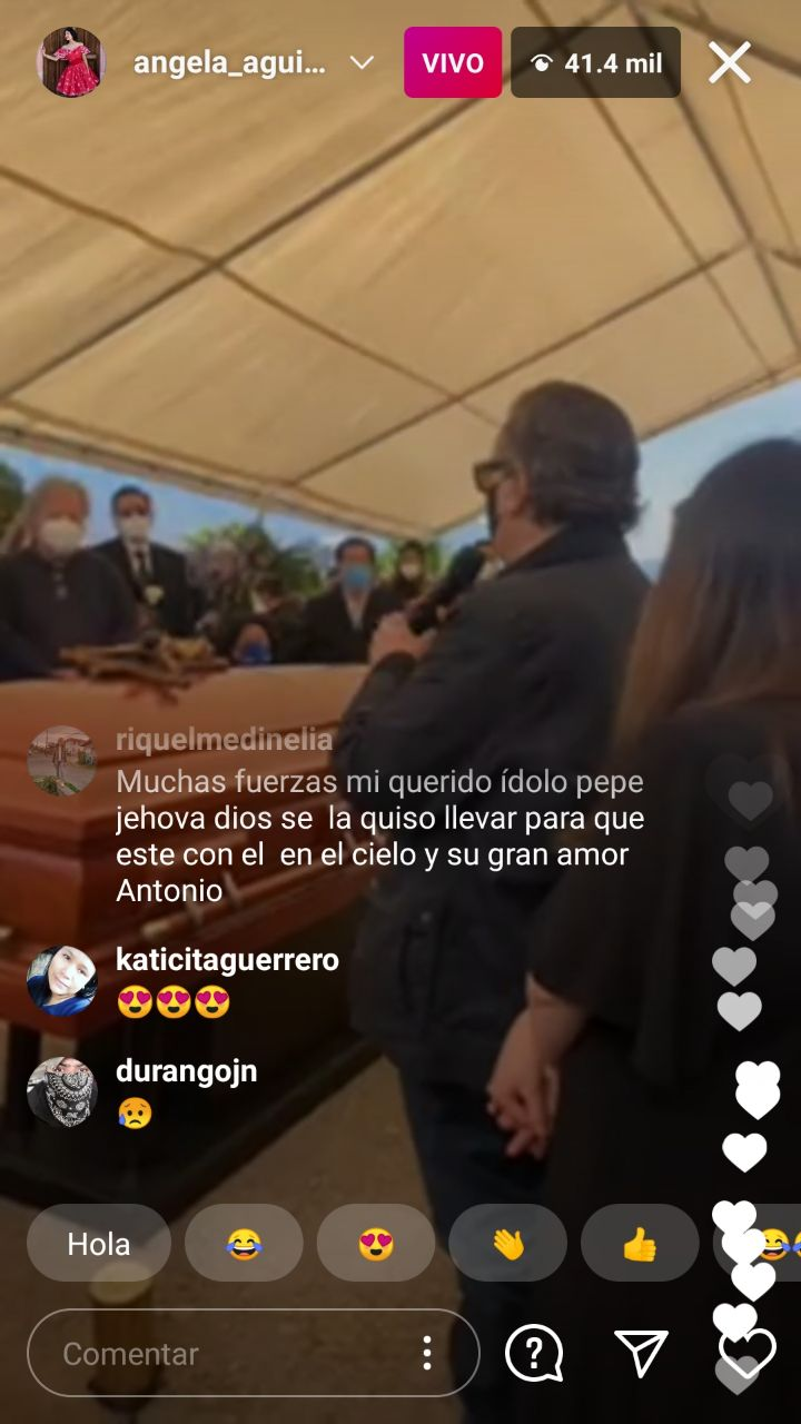 Ángela Aguilar transmite en vivo funeral de Flor Silvestre