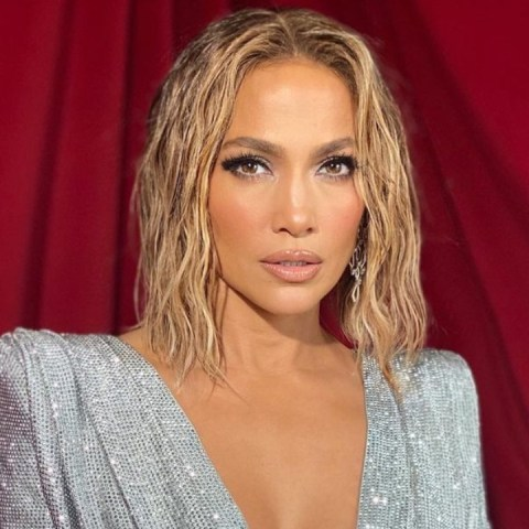Jennifer Lopez look de diamantes
