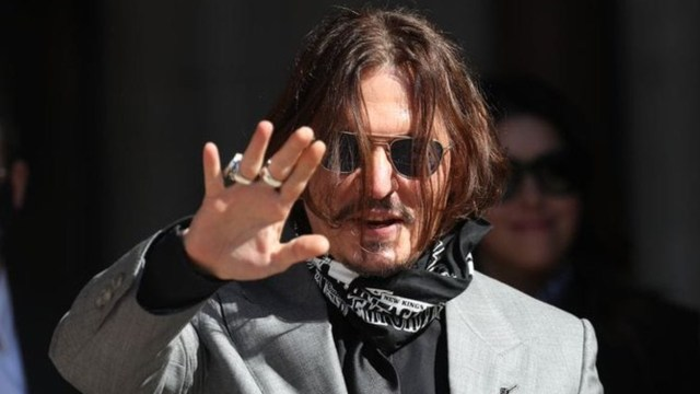 Johnny Depp mensaje instagram fin de año