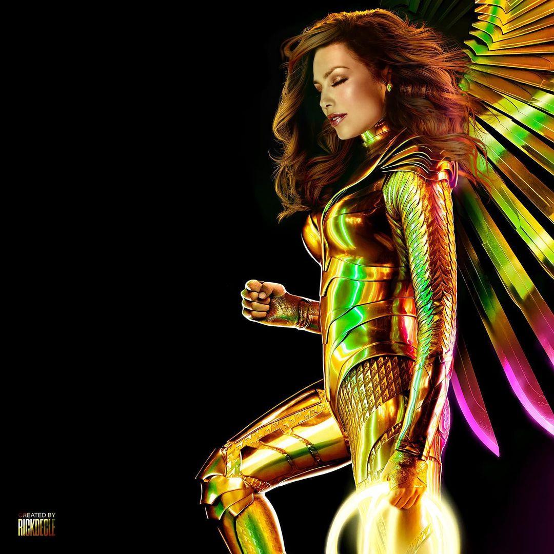 Thalía con su armadura dorada en instagram