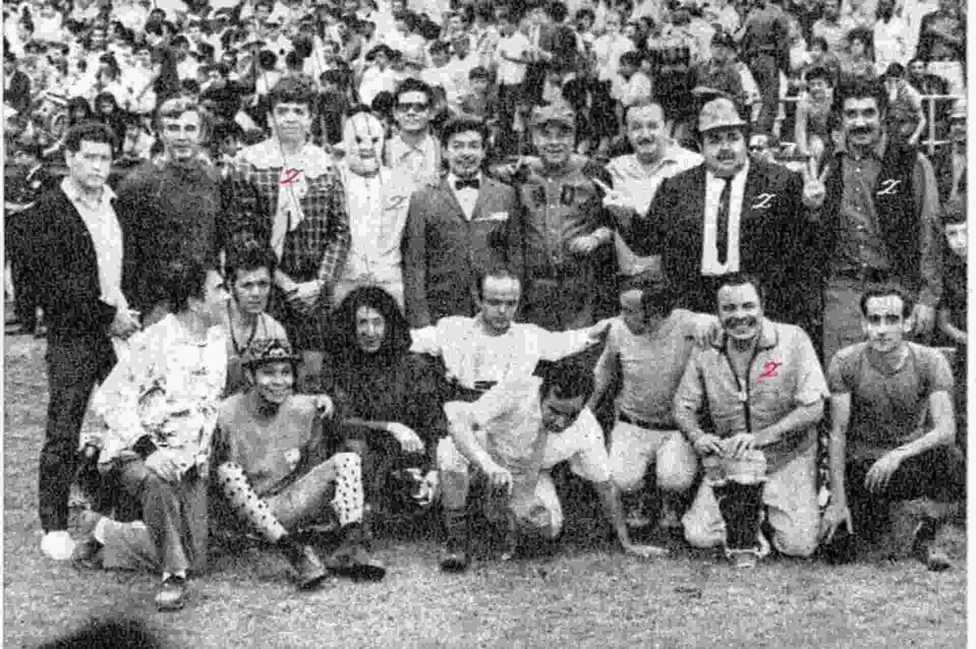 Foto de Chabelo inmortal junto a otros actores de su época