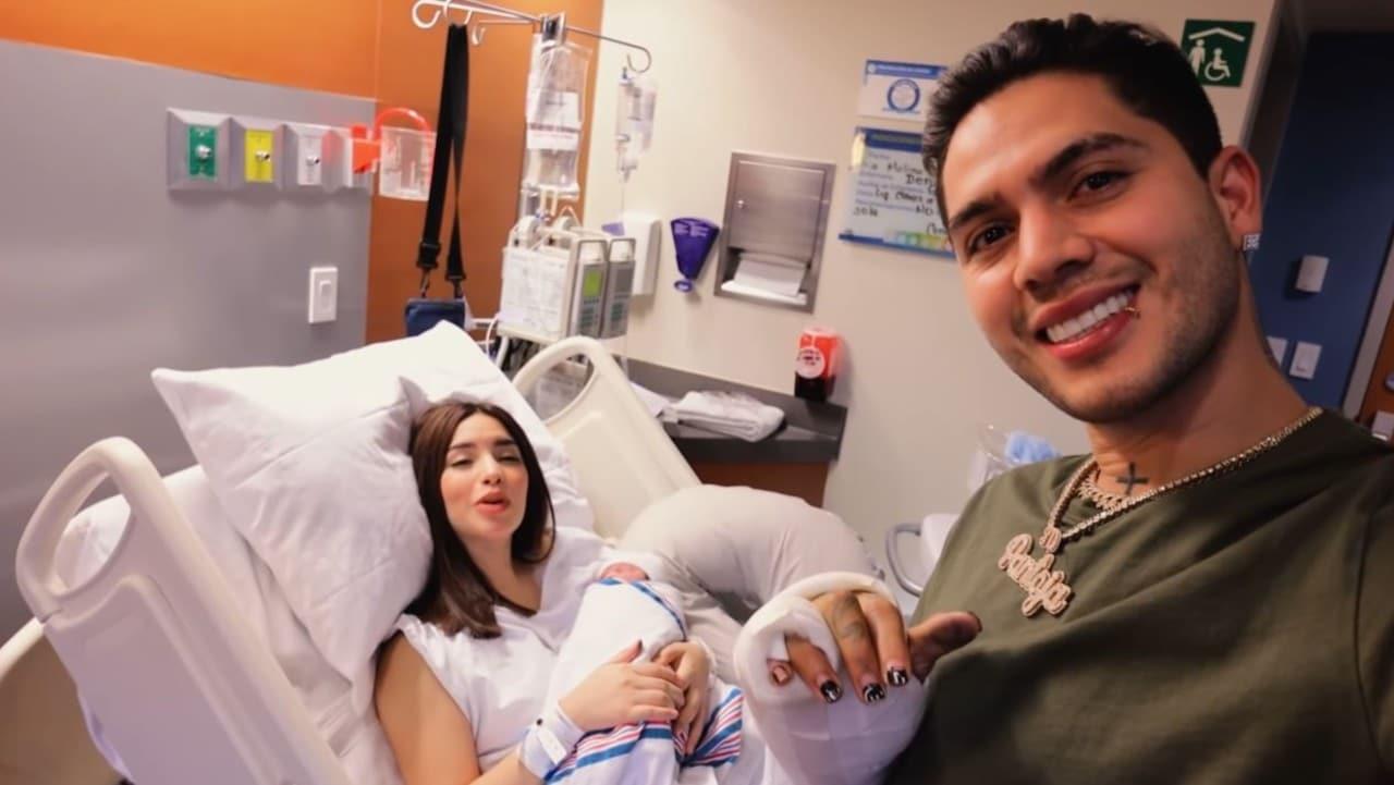 Kimberly Loaiza presenta Juanito hijo
