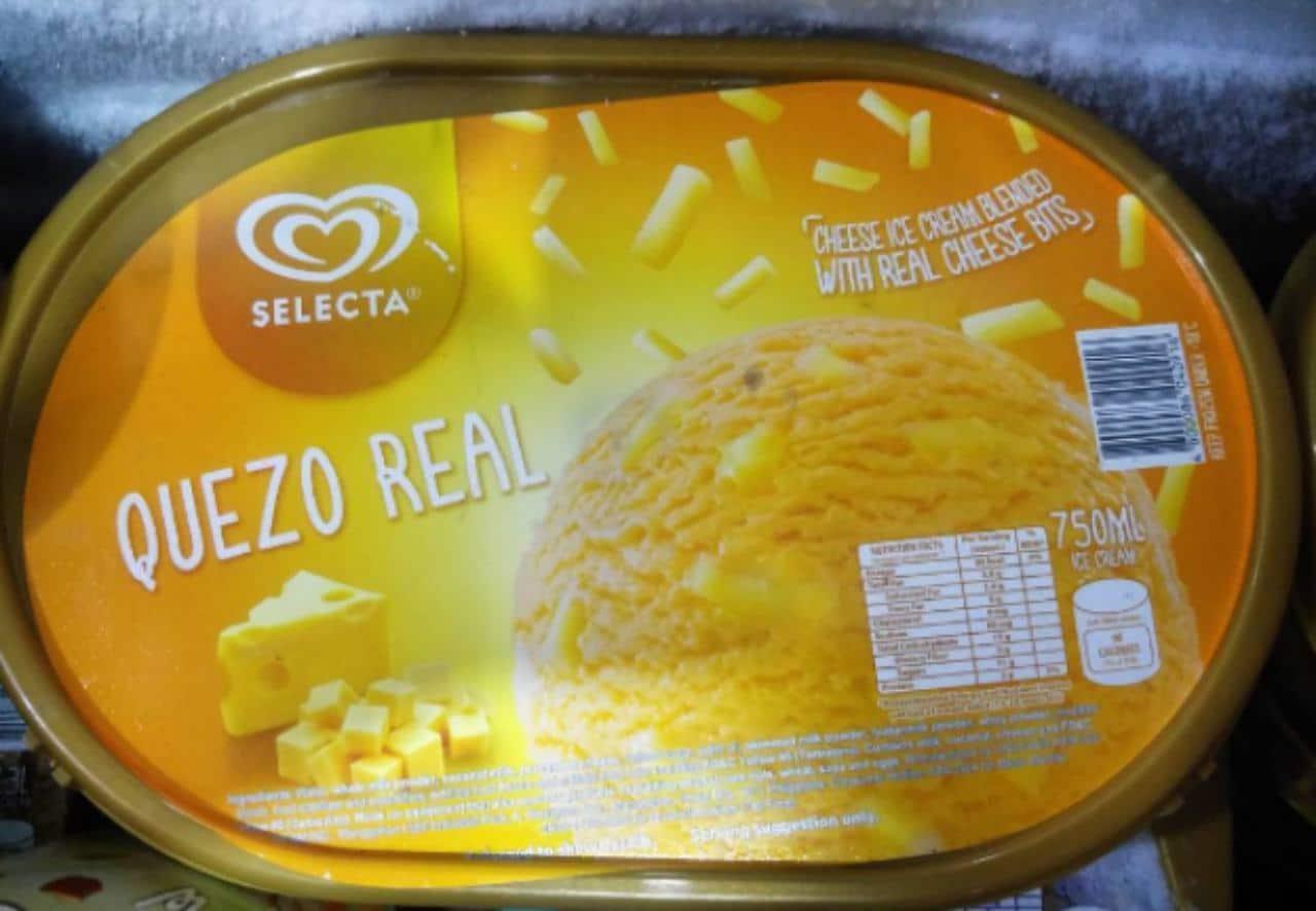 Helado de queso cheddar
