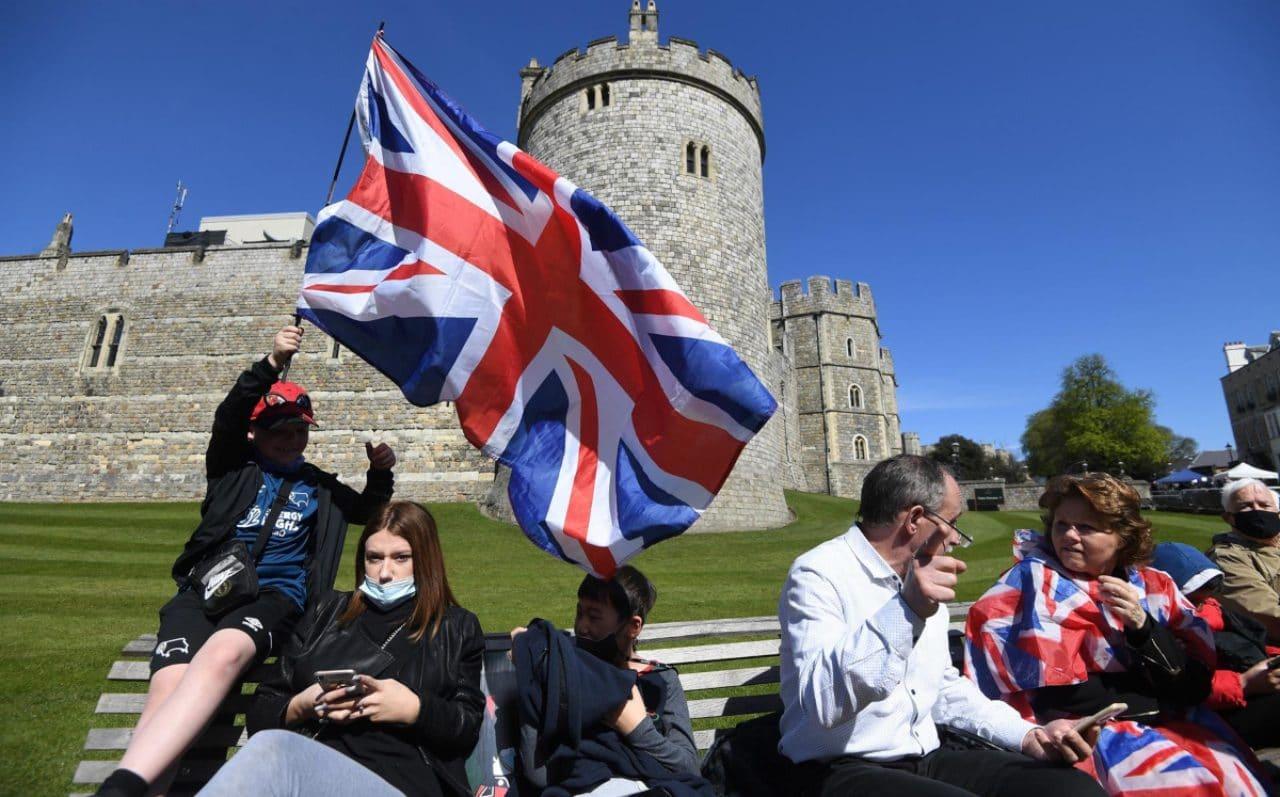 Británicos despiden a Felipe