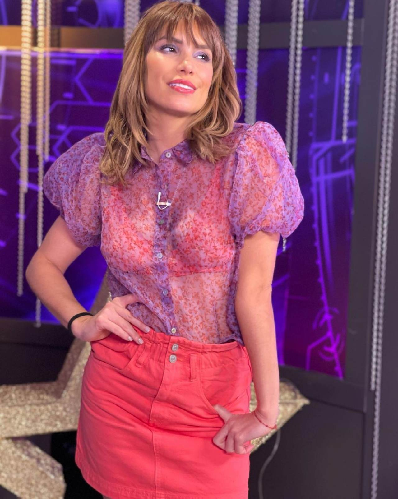 Andrea Escalona abrazada Ariel Miramontes romance