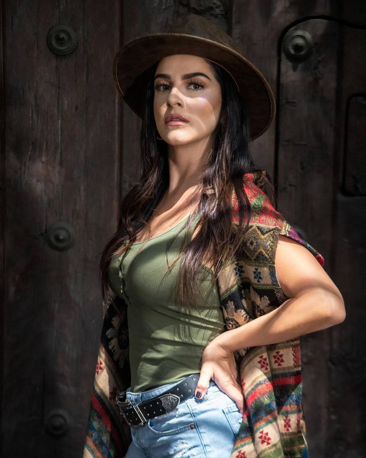 Lidia Ávila no soporta que M'Balia sea lesbiana y cancela gira de ov7
