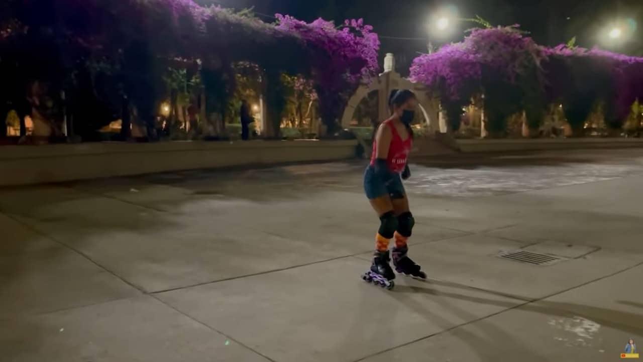 Yalitza Aparicio sufre caída en patines