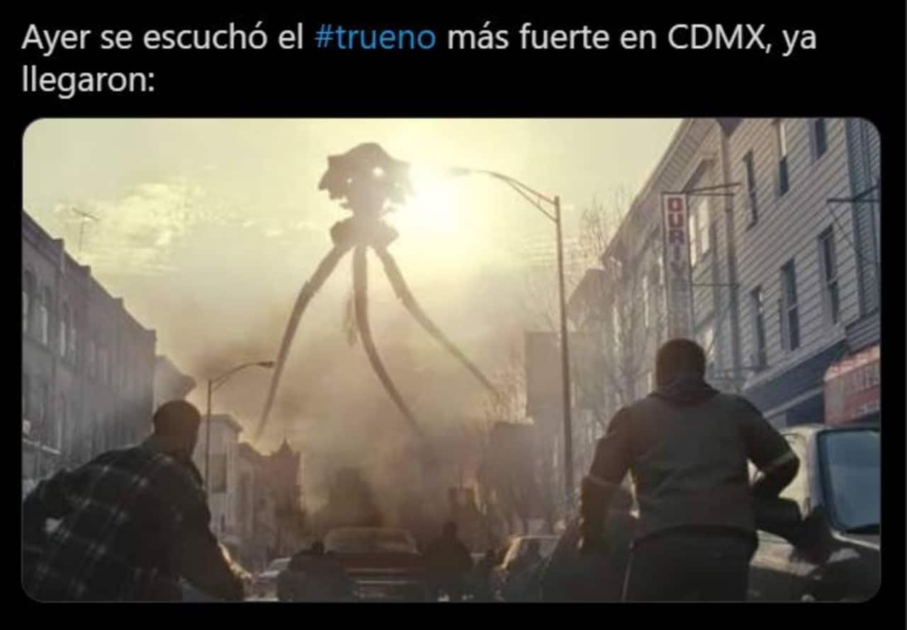 Los mejores Memes del trueno en la CDMX