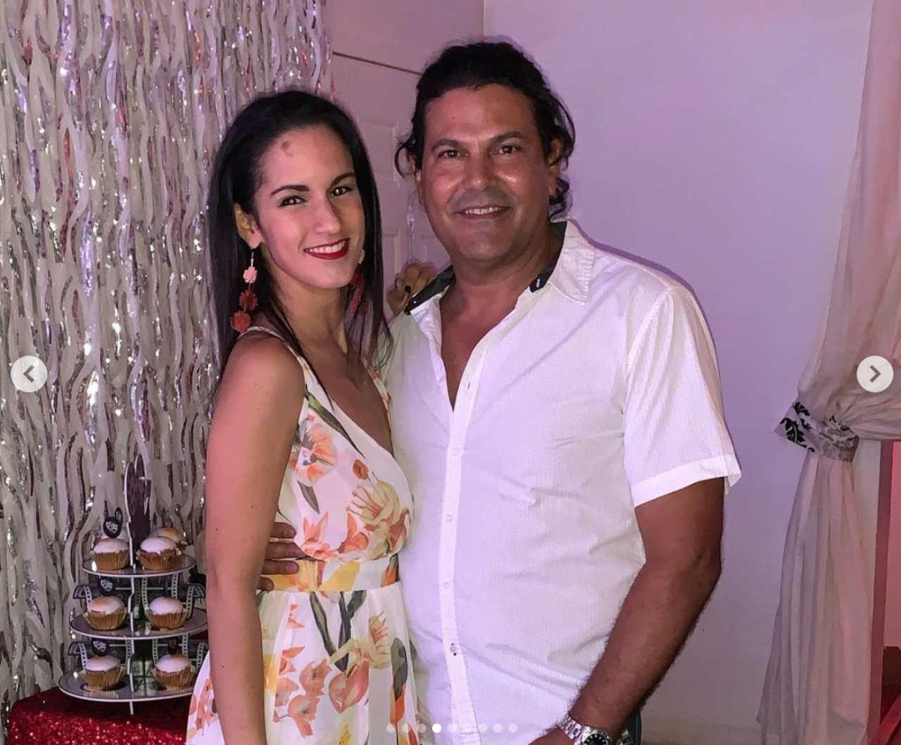 Francisco Gattorno se compromete con su novia en vivo