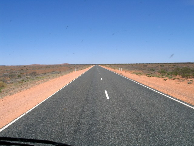 Stuart_Highway,_Australia