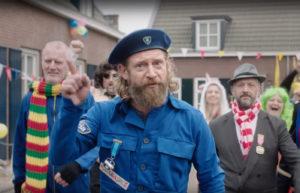 In een reclamefilmpje stelde Van der Doelen ineens nogal hoge eisen. Beeld: YouTube/Bavaria