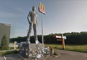 McDonald's in Best, vóórdat Michael Jackson werd getackeld. Beeld: Google Streetview