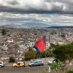 Sud America 2015/16 - Giorno #2 - Ecuador - Quito: strutture molecolari superiori o dramma dell'abbandono?