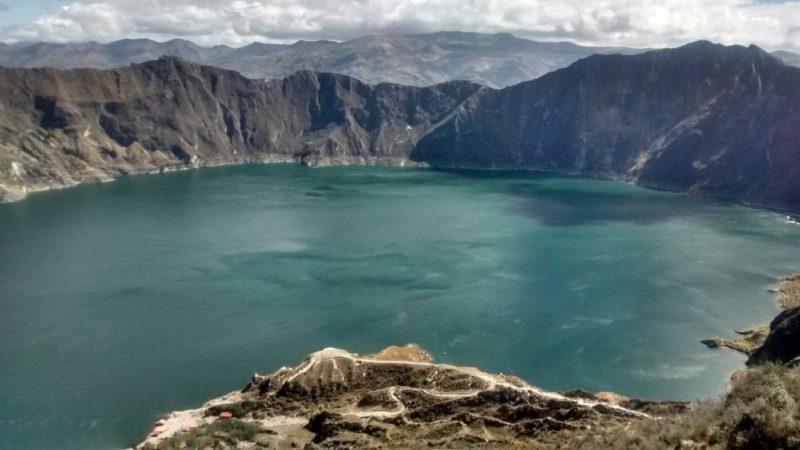 Sud America 2015/16 – Giorno #5 – Ecuador – Trek solitari, macchinazioni mentali lesbo e cane, tanto cane