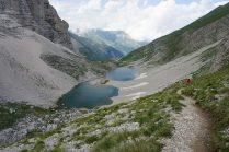 Discesa verso i Laghi di Pilato - Foto A. Gaetani