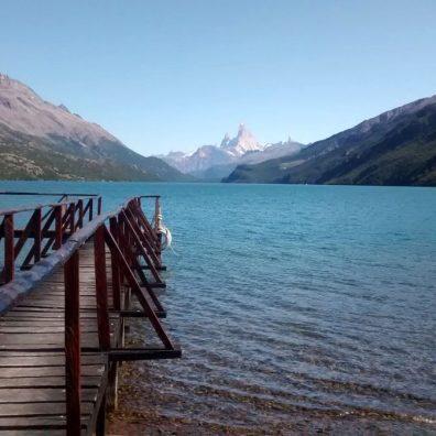 Lago Desierto con Fitz Roy sullo sfondo
