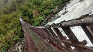 Il ponte sospeso del parco Queulat