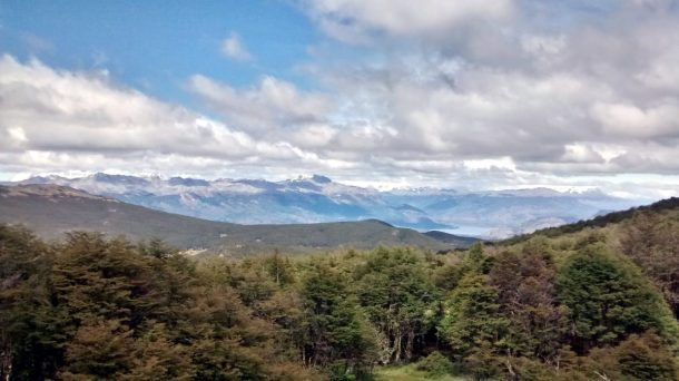 Reserva Tamango: cime innevate all'orizzonte