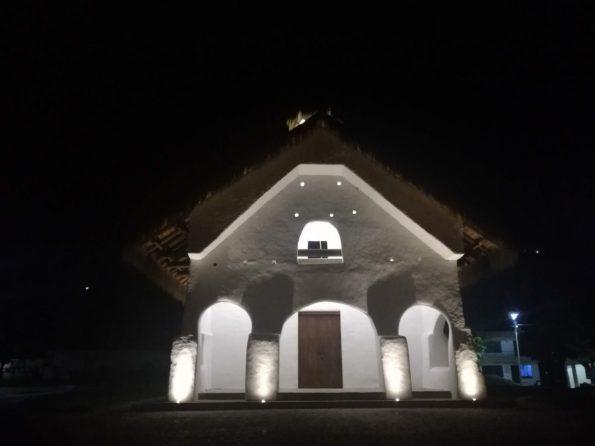 S. Andreas Pisimbalà: chiesa in adobe