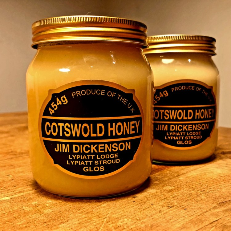 Cotswold Set Honey
