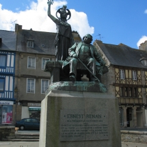 Monument à Ernest Renan, Tréguier