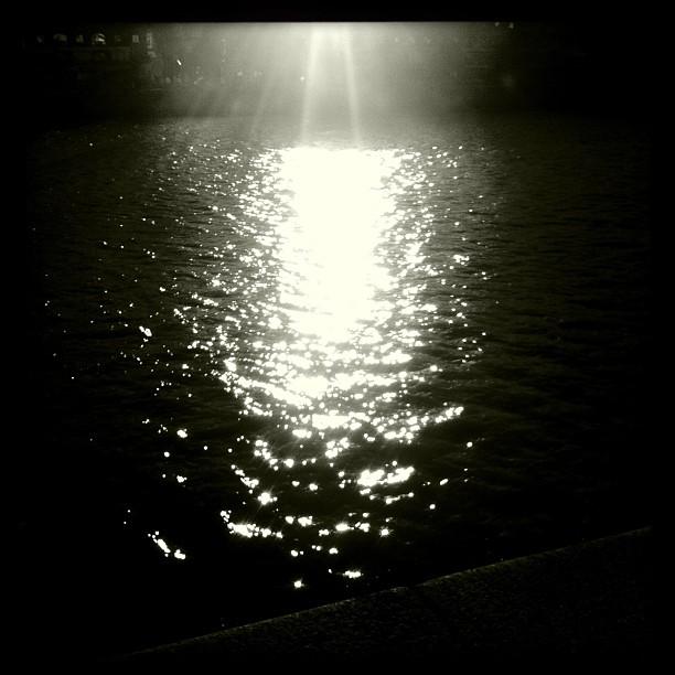 oscuridad, por ernesto alegre