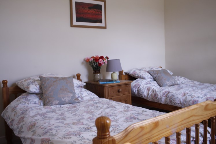 Twin room at Castle Cottage, Press Mains Farm