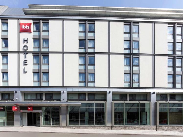 Exterior of Ibis Brighton City Centre
