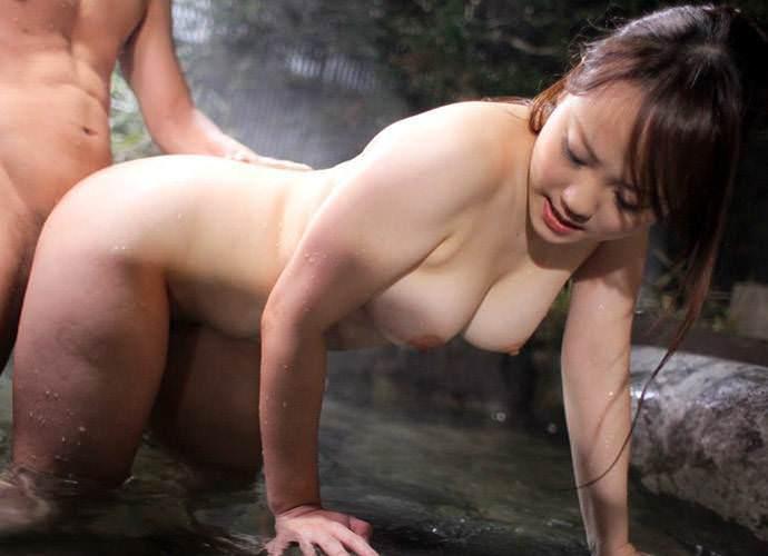 温泉SEX画像53