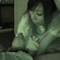 【アダルト動画】夜勤のナースさんにシゴいて抜いもらう(無料)