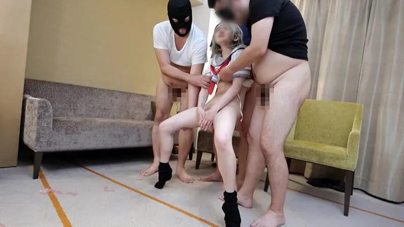 ncyf00011jp 11 - 130cm台のロリすぎるレイヤーさんがラブライブの制服で大乱交!膣から溢れる精液がエグイ!