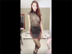 オナニー美少女ライブチャット韓国ディルドライブチャットタイ少女ライブチャット 無修正 シースルー衣装の韓国美少女がアミタイを破っておま〇こクパァ! ディルドを挿入してオナニーしちゃうゾ08:15