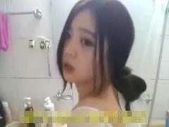 個人撮影素人オナニー美少女中国個人中国人少女撮影個人撮影 ドアノブをマンコに突っ込みオナニーする中国人美少女の衝撃映像! マジエロい! 素人01:27