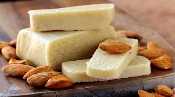 Pasta di mandorla – pasta reale