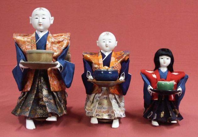 Кукла, переносящая чай (chahakobi ningyo)