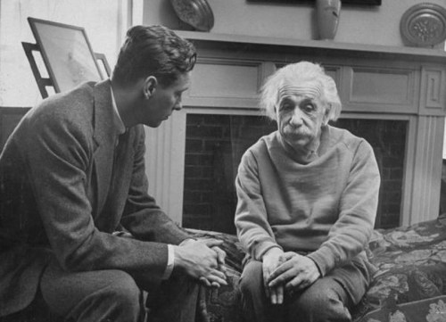 Альберт Эйнштейн в диалоге